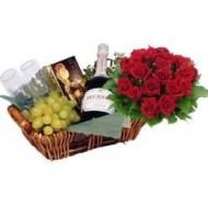 Canasta especial con rosas