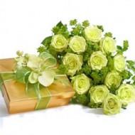 24 rosas verdes con chocoates a Quito
