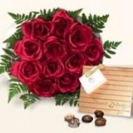 Bouquet especial de 24 rosas y chocolates